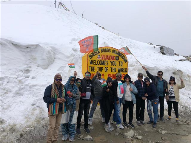 Destination Tours and Travels Gallery Leh Group Tour